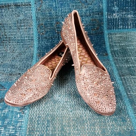 98df5ae62516d Sam Edelman Shoes - Sam Edelman Adena Spiked Mules in Blush sz 7.5